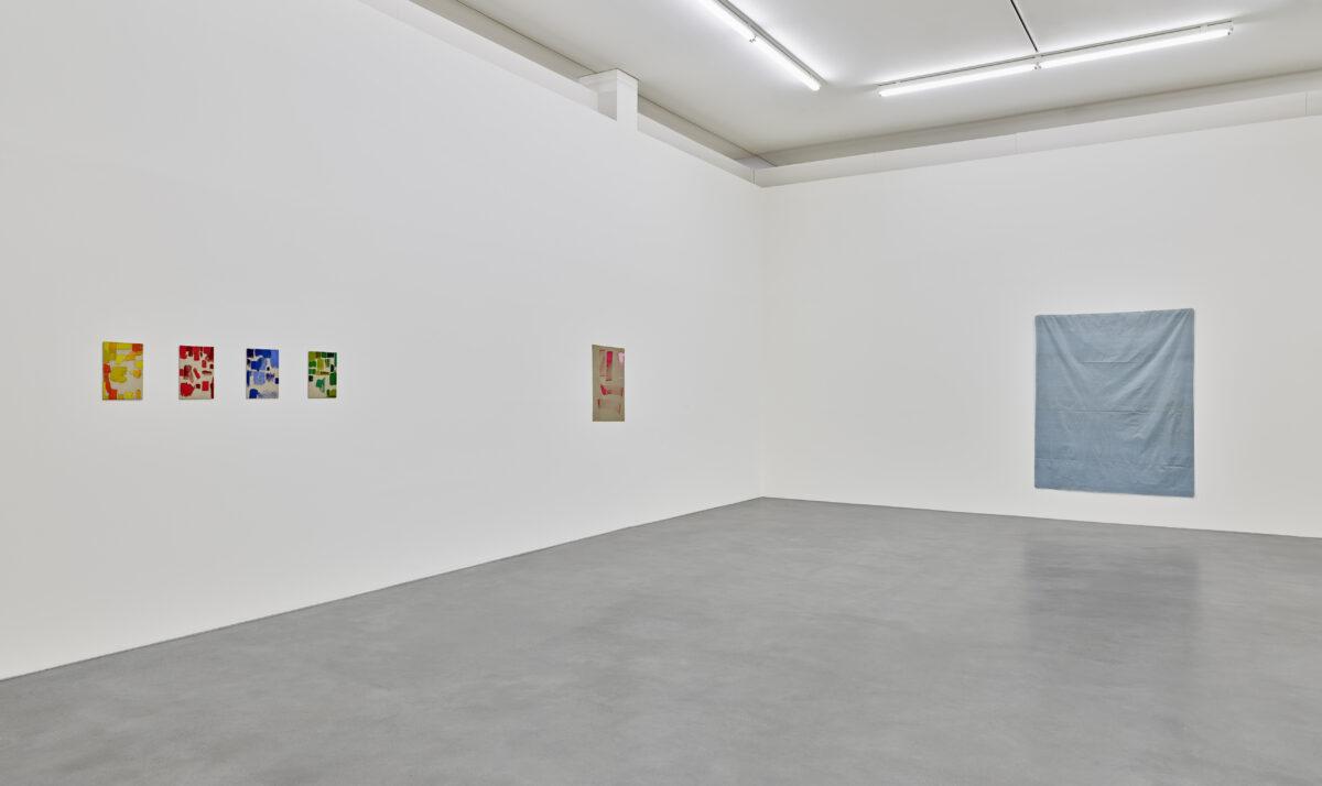 Ausstellungsansicht mit Werken von Ingo Meller und Antonio Scaccabarozzi