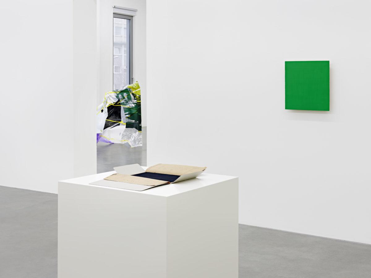 Ausstellungsansicht Blickwechsel (2018) mit Werken von Günter Umberg und Paul Schwer